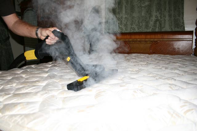 how to clean a matress quicly